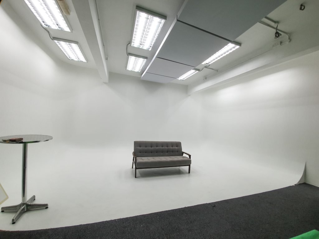 cyclorama white wall
